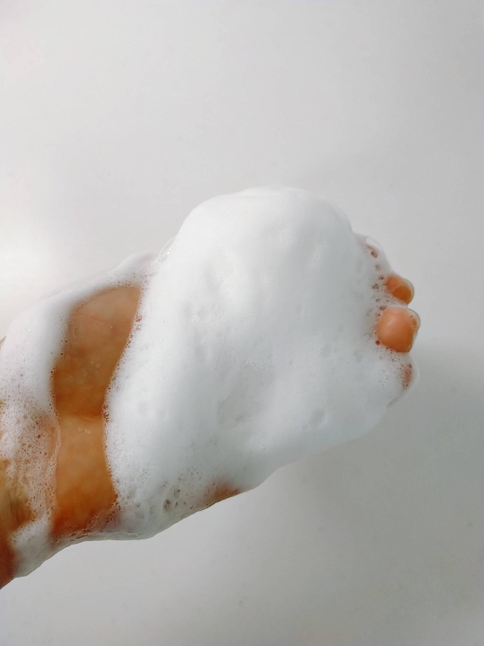 オバジ酵素洗顔パウダー泡立て